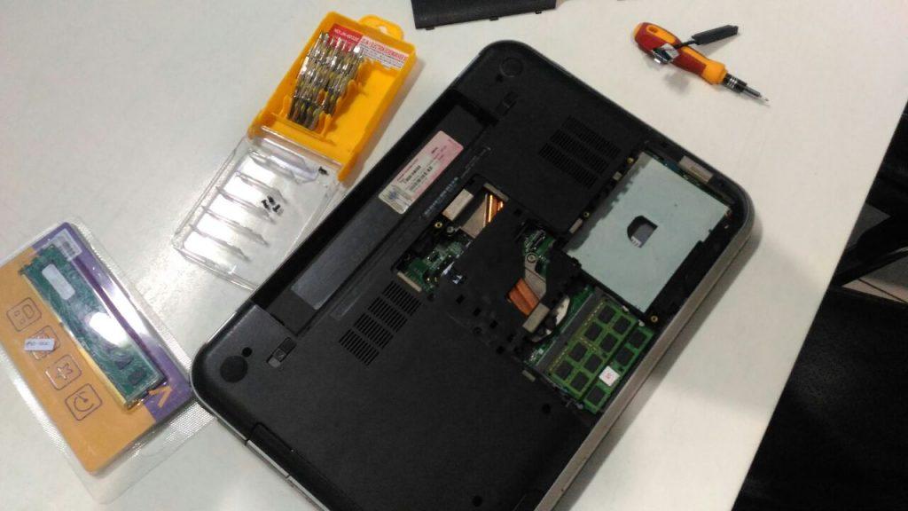 pasang hardisk laptop di pc 1